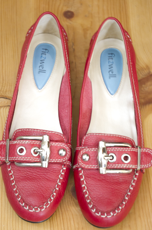 *** Here's my favorite pair of red shoes, made by Fitzwell—so comfortable!  ***