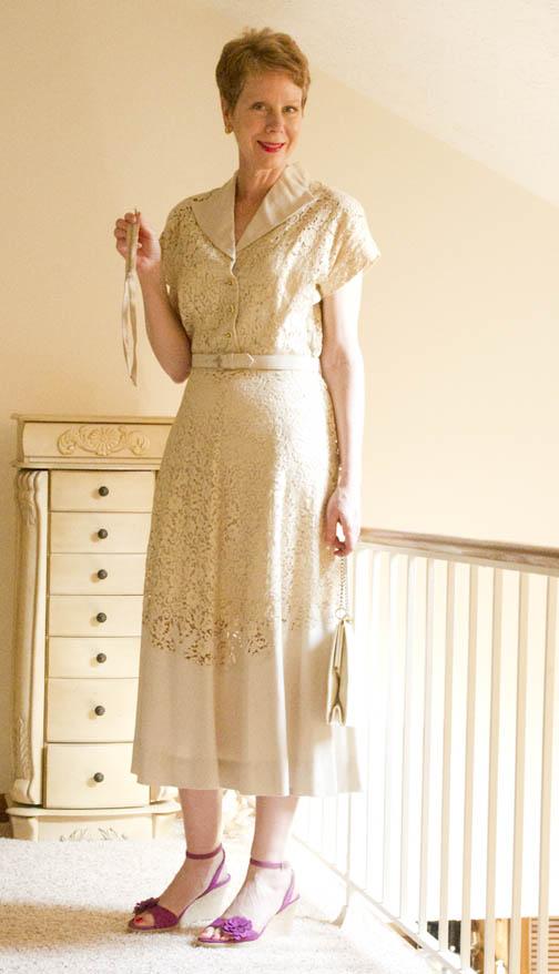 Lace 1940s vintage dress