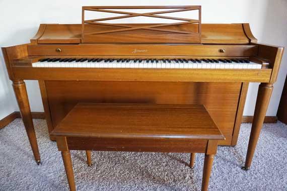 close front piano